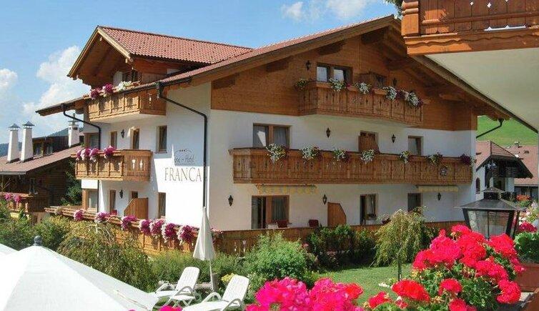 Garni Hotel Franca - Selva Gardena - Garni 3s stelle - Val Gardena ...