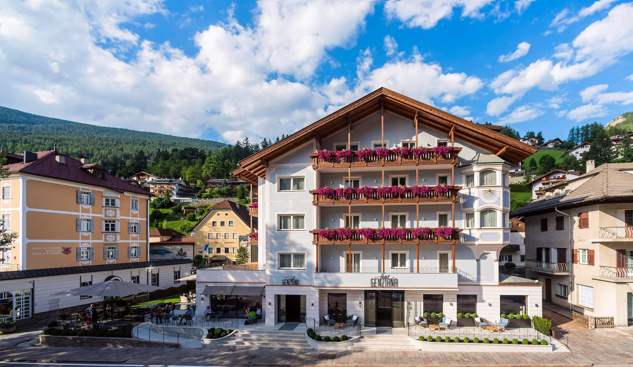 Hotel genziana ortisei 4s star hotel val gardena for Design hotel val gardena